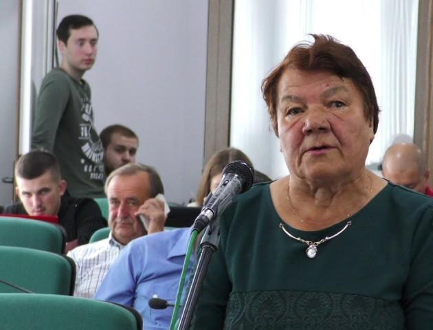 Платні автопарковки та збір сміття: які проблеми міста вирішував Луцький міськвиконком