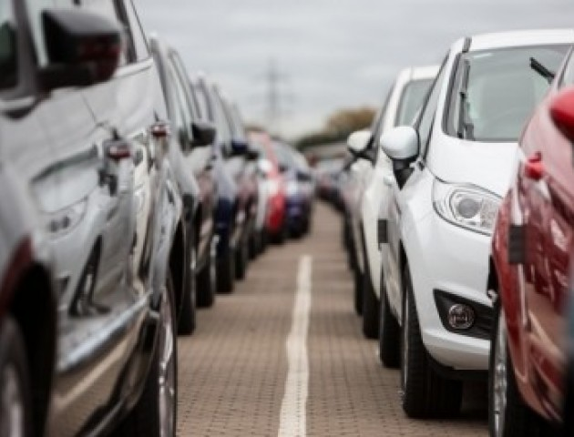 Розмитнити авто в Україні не дорожче, ніж в країнах Європи чи СНД, - нардеп Ніна Южаніна