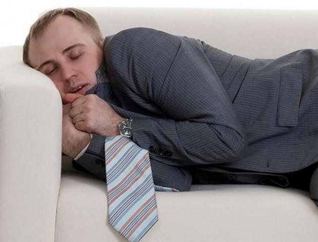 Як правильно спати вдень