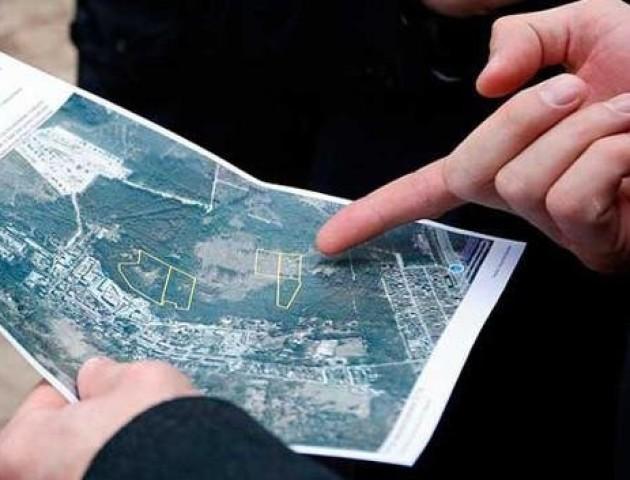 Дерибан бурштинових земель на Волині розслідують правоохоронці