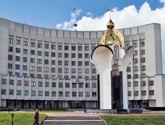 У Луцьку оновлять пам'ятник-каплицю на Київському майдані