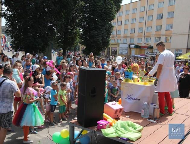 Володимир-Волинський святкує 1030-у річницю міста: як забавлялася малеча. ФОТО