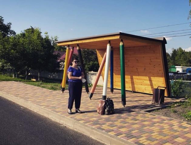 Журналісти «Ukrainеr» розповіли про зупинку з олівцями біля Луцька
