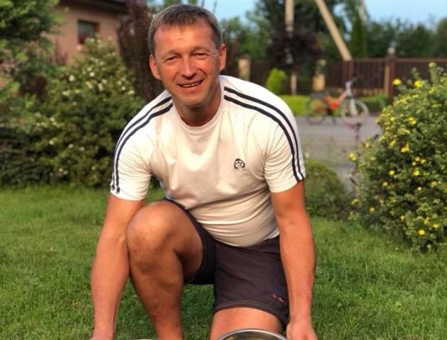 Справжній господар: депутат Волиньради похизувався ягідним урожаєм. ФОТО