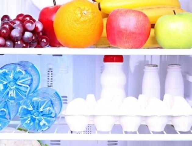 Скільки часу можна зберігати продукти в холодильнику