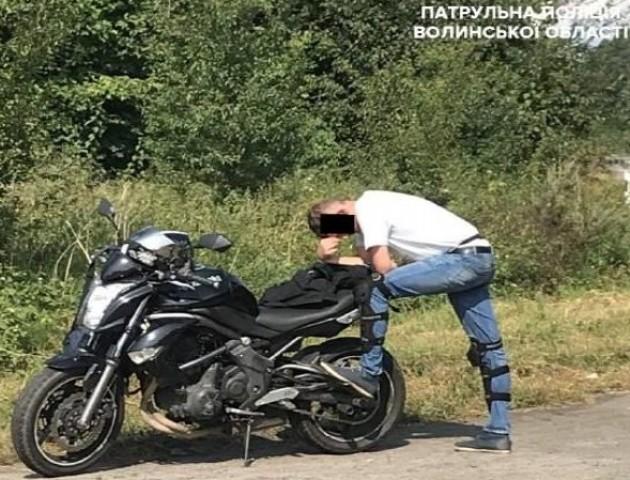 Луцький патрульний відмовився взяти хабар