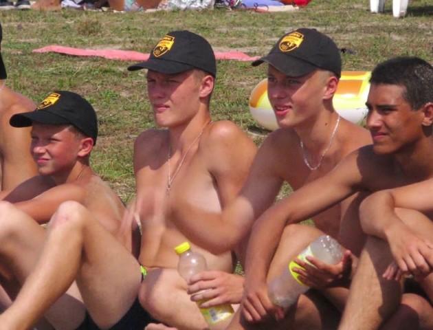 На Світязі відбувся турнір з пляжного волейболу. ВІДЕО
