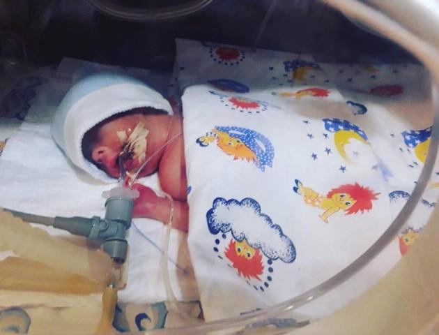 Малюку з Луцька терміново потрібна допомога: хлопчик у реанімації і сам не дихає