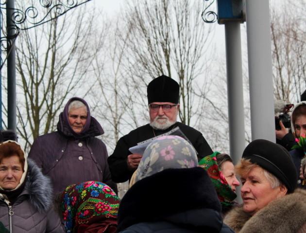 Ще одна волинська громада разом зі священиком перейшла до ПЦУ. ВІДЕО