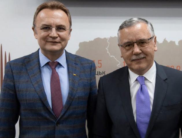 Гриценко і Садовий анонсували можливе об'єднання