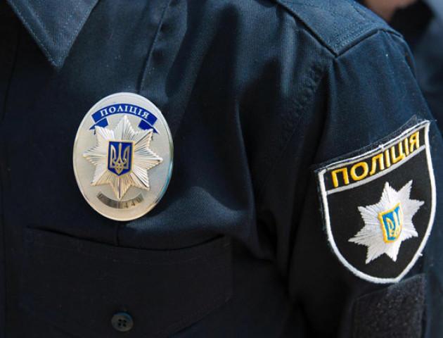 Луцька поліція затримала п'яницю, який попросився «на зону»