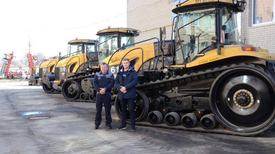 «Волинська фондова компанія» подарувала друге життя тракторам Challenger. ФОТО