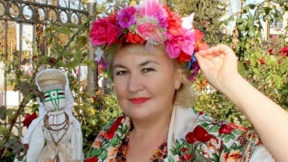 Волинянка виготовляє унікальні ляльки-мотанки, пише вірші для дітей та волонтерить. ФОТО